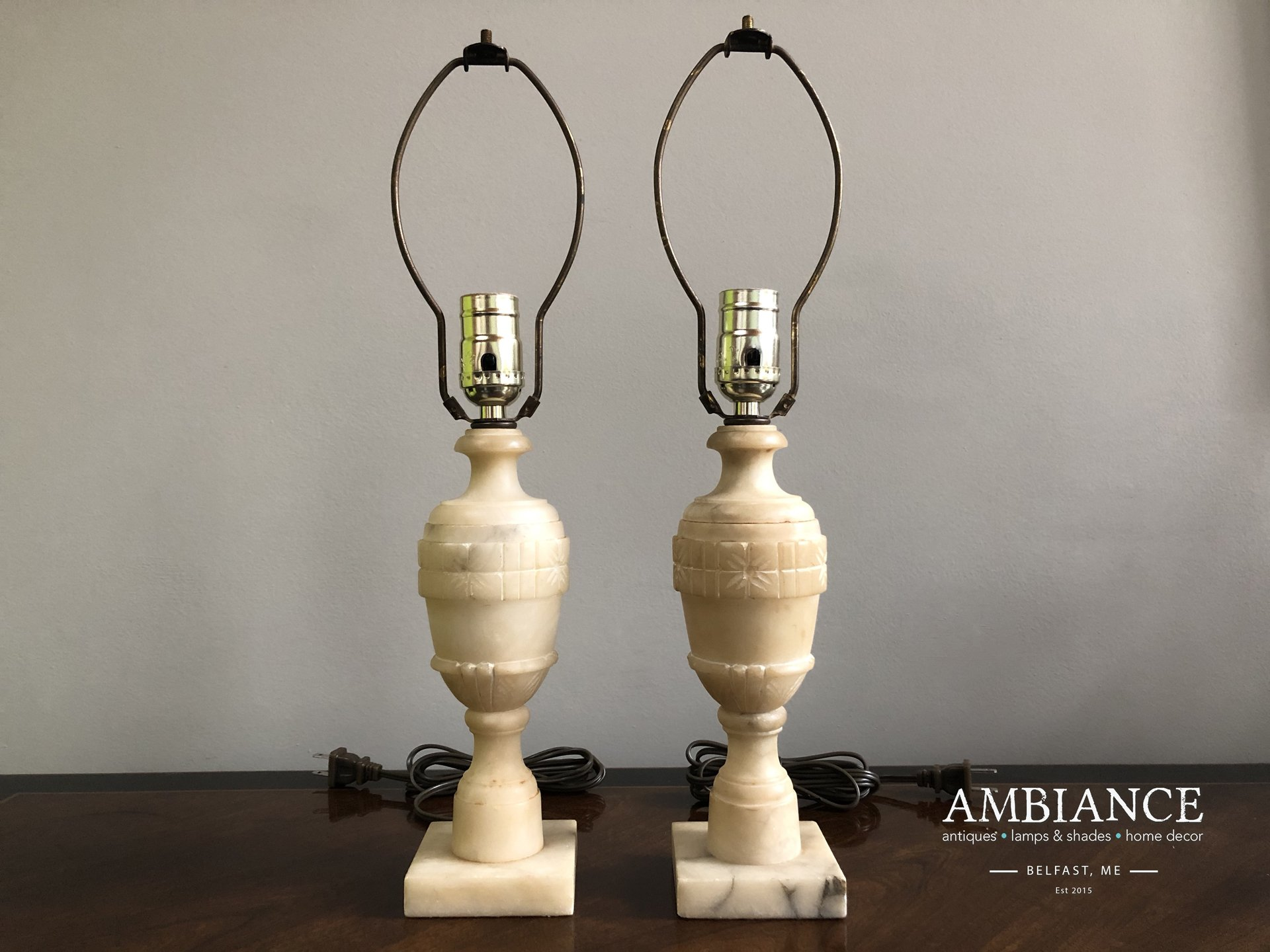 Italian-Alabaster-Pair-Vintage-Lamps-AMBIANCE