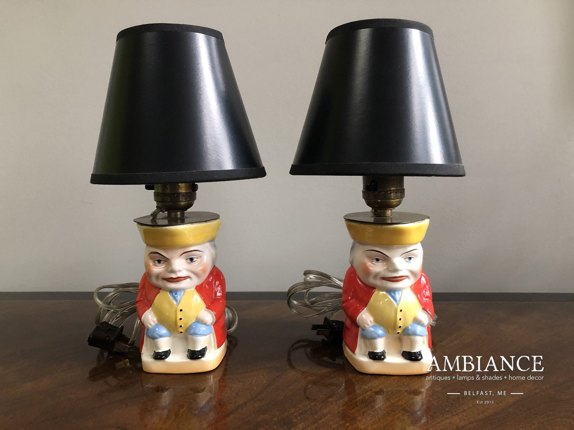 1930s Toby Jug Vintage Lamp for sale online at AMBIANCE (01)