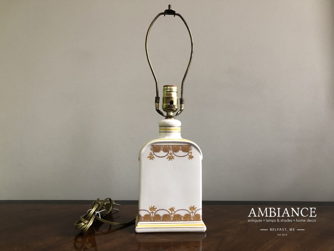 Empire-Apothecary-bottle-Vintage-Lamp-AMBIANCE