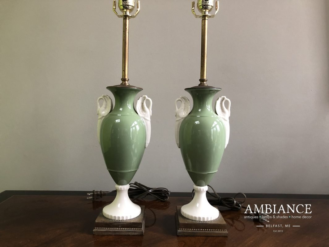 Mutual & Sunset Lamp Manufacturing Company Pair of Vintage Lamps for sale at AMBIANCE (00)
