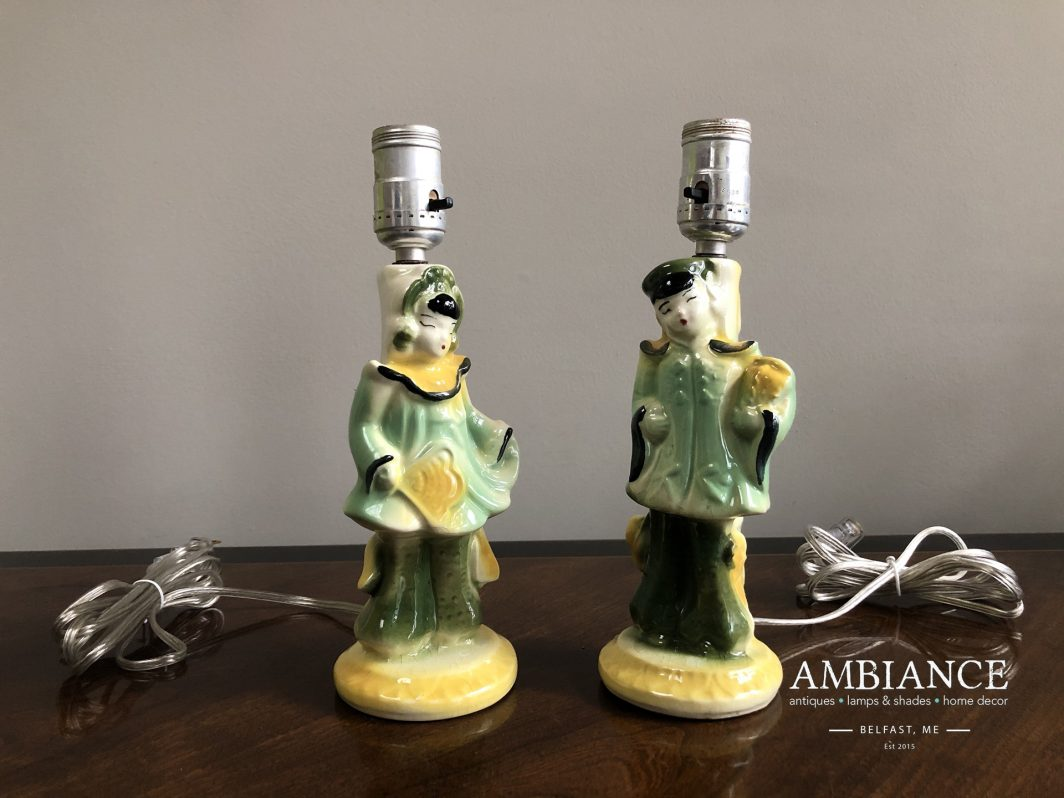 Pair of mid century porcelain-Asian lamps, figurines at AMBIANCE (00)