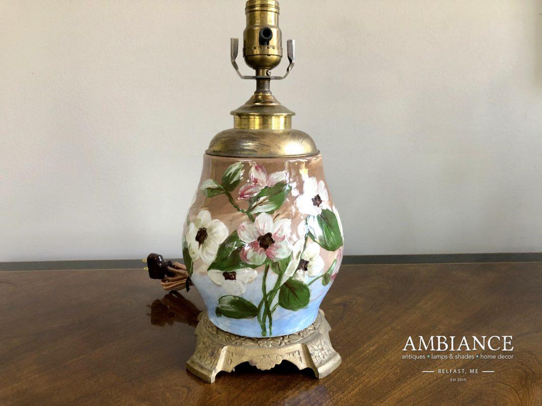 Vintage-floral-pottery-Lamp-01